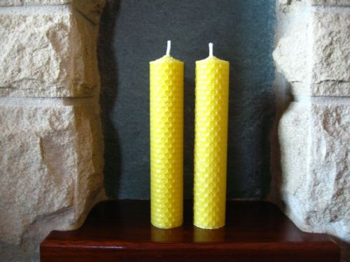 2 Handmade Pure Beeswax Rolled Candle 15cm x 3cm (Free Shipping UK)